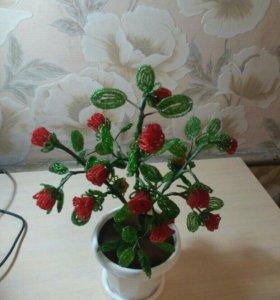 Цветы из бисера в наличии и на заказ