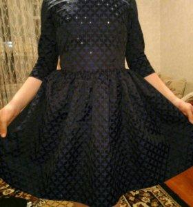 Платье новое. Одевала 1 раз