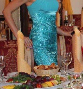 Красивое бирюзовое платье на выпускной, праздник