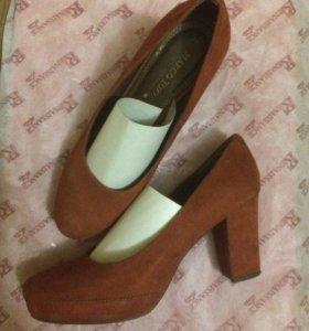 Туфли замшевые Италия