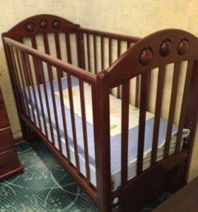 Кроватка Лель маятник с матрасом и бортиками