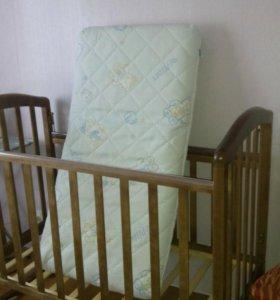 Детская кровать и текстить
