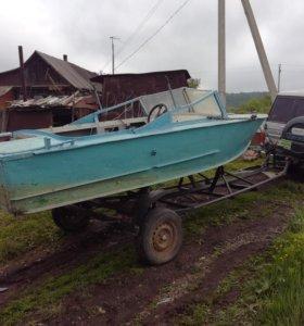 Маторная лодка.