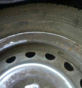 Колесо (шина+диск R13)