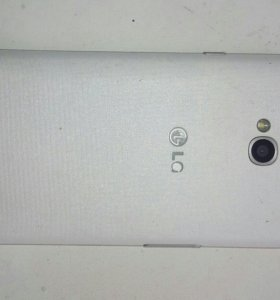 Телефон LG70