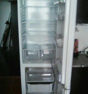 Холодильник хот поинт аристон