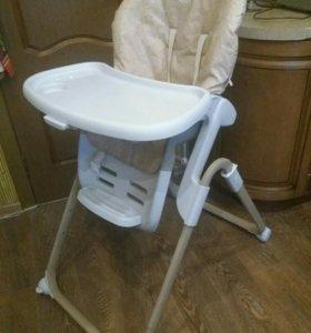 стул для кормления ребенка