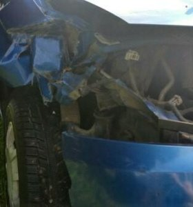 Chevrolet Aveo 2005г. Синяя. Битая.