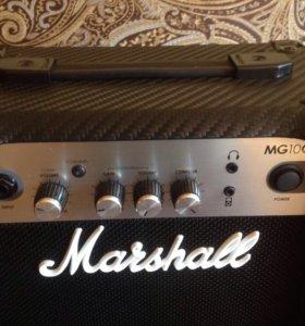 Комбик Marshall MG10CF
