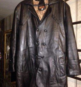 Кожаное мужское пальто