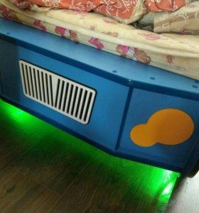 Кроватка машинка с подсветкой и матрасом