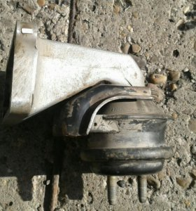 Подушка двигателя 1gfe