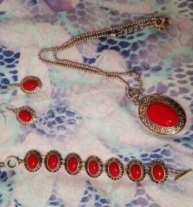 Комплект кулон браслет серьги
