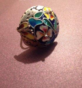 Кольцо из серебра 925 пробы. Эмаль.