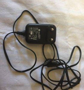 Зарядное устройство Motorola SPN 5038A