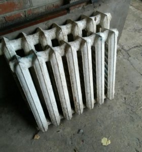 Радиаторы чугунные б/ у