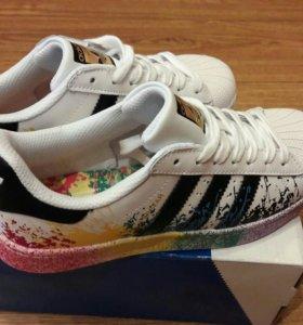 Новые! Кроссовки Adidas Superstar!