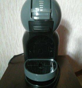 Кофемашина Nescafe Dolce Gusto.