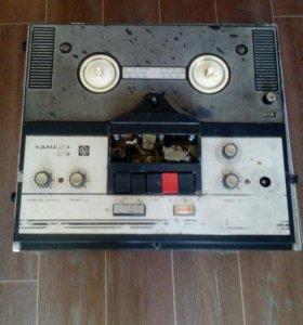 Магнитофон камета 209