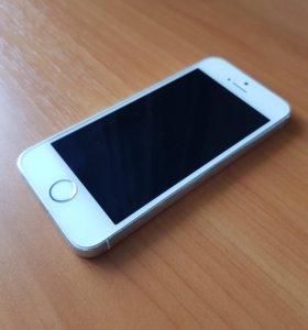 Продам iPhone 5S 32Gb silver