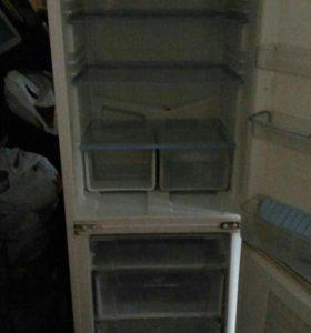 Холодильник 2х камерный б.у