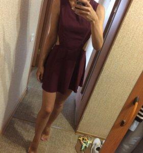 Стильное платье 42
