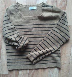 Укороченый свитер s