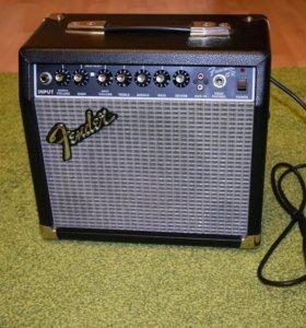 Комбик Fender frontman 15r