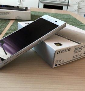 Смартфоны Sony Xperia Z5 Sony Xperia XA