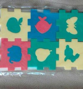 Сборные мягкие кубики с фигурками-вкладышами