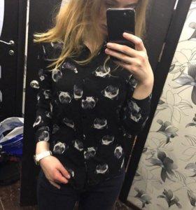 Блузка с мопсиками