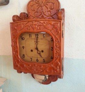Часы настенные резные. Цвет можно изменить!