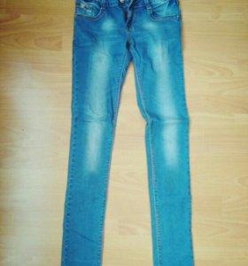 Узкие джинсы на рост 165-170
