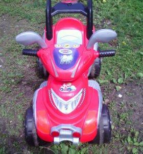Детский электро- квадроцикл в хорошем состоянии.