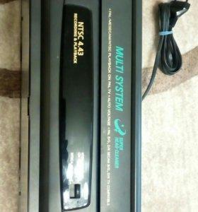 Видеомагнитофон JVC P40