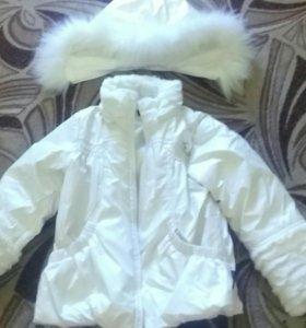Куртка на девочку 3-4 лет