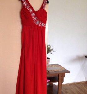 Платье в пол