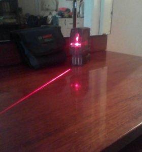 Линейный лазерный нивелирBosch GLL-2