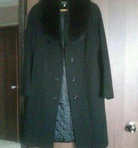 Пальто демисозонное.