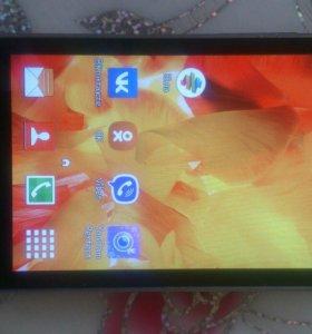 Смартфон Samsung Galaxy Ace 4 Lite duos