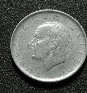 Турция монета 1 лира 1966 год