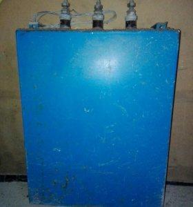 Электродвигатель и конденсатор
