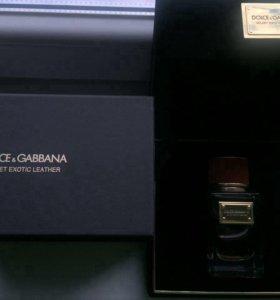 Dolce & Gabbana velvet exotic leather.
