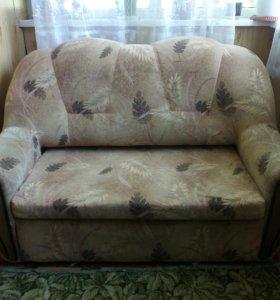 Продам диванчик