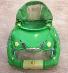 Ходунки зелёная машинка