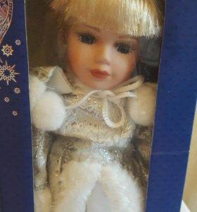 Кукла на подставке 30см