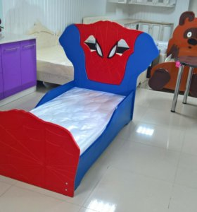 """Детская кровать """"человек паук"""""""