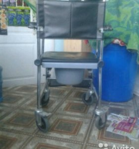 Инвалидная коляска с горшком