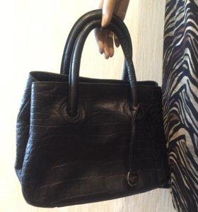 Компактная кожаная сумка Furla (оригинал)
