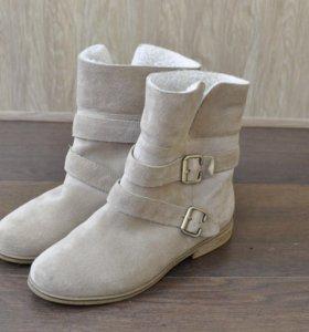 Ботинки зимние 39 р-р. новые